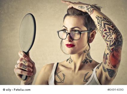 ist eine dauerhafte haarentfernung bei tattoos m glich. Black Bedroom Furniture Sets. Home Design Ideas