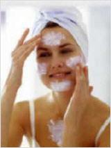 Hautreinigung besonders wichtig bei einer guten Pflegezusammenstellung.